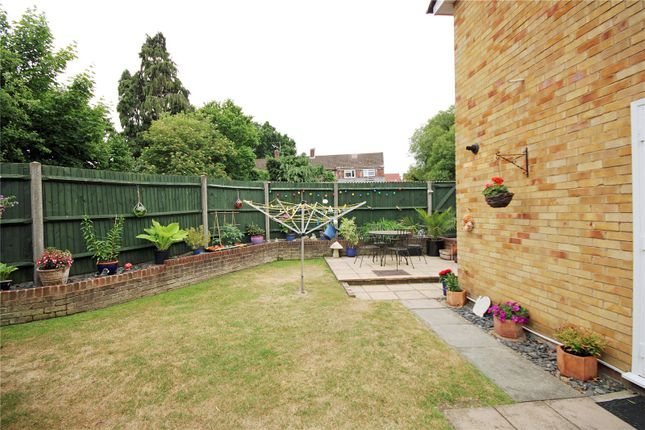 Picture No. 25 of Hillside Gardens, Addlestone, Surrey KT15