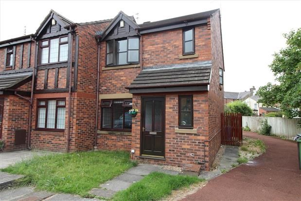 Thumbnail Property to rent in Windsor Court, Poulton-Le-Fylde