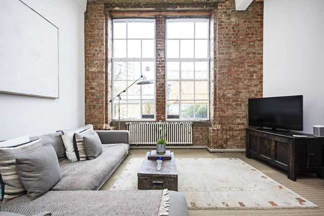 Thumbnail Flat to rent in Institute Place, Hackney Downs, London