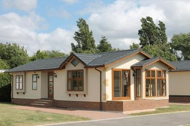 Thumbnail Bungalow for sale in Clacton Road, Weeley, Clacton-On-Sea