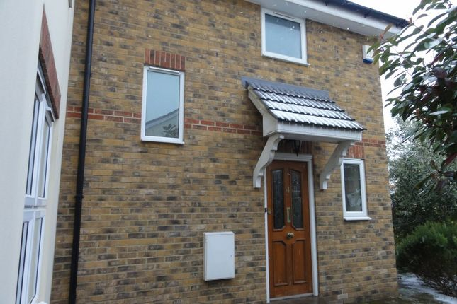 Thumbnail Semi-detached house to rent in Pembury Road, Westcliff-On-Sea