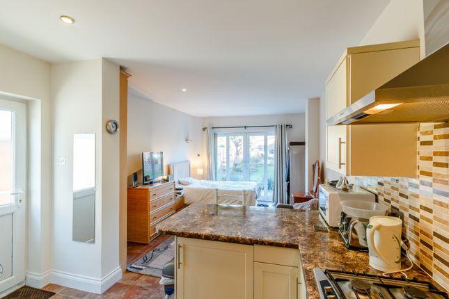 Studio to rent in Meadowside, Walton-On-Thames KT12