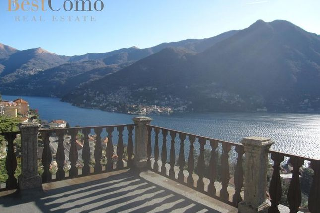 5 bed detached house for sale in Moltrasio, Lake Como, Lombardy, Italy