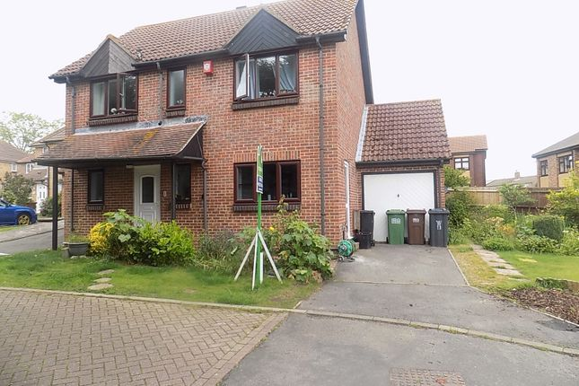 Thumbnail Detached house for sale in Greenacres Way, Hailsham