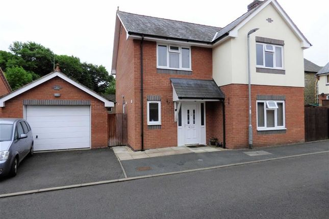 Thumbnail Detached house to rent in Lon Cafnant, Llanfair Caereinion, Welshpool