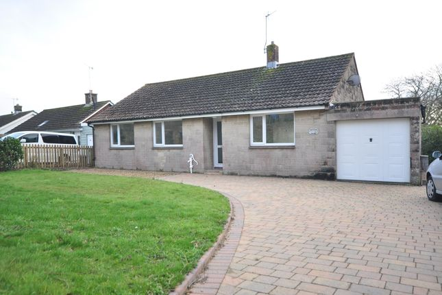 Thumbnail Bungalow to rent in Church Road, Wootton Bridge, Ryde