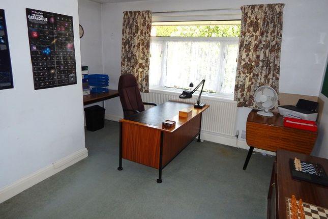 Bedroom 2 of Huntington Close, West Cross, Swansea SA3