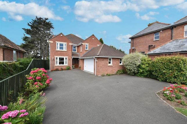 Thumbnail Detached house for sale in Grove Avenue, Yeovil