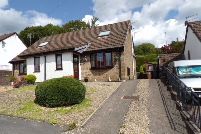 Thumbnail Property to rent in Yew Grove, Woodfieldside, Blackwood