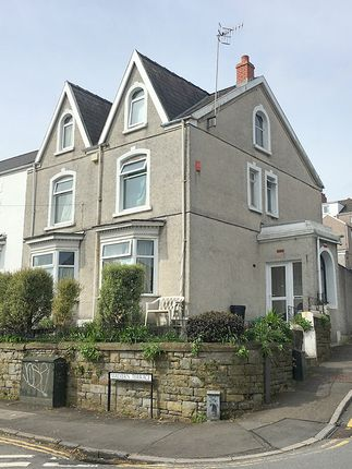 Thumbnail Town house to rent in Malvern Terrace, Brynmill Swansea