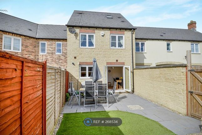 Thumbnail Terraced house to rent in Blackthorn Mews, Carterton