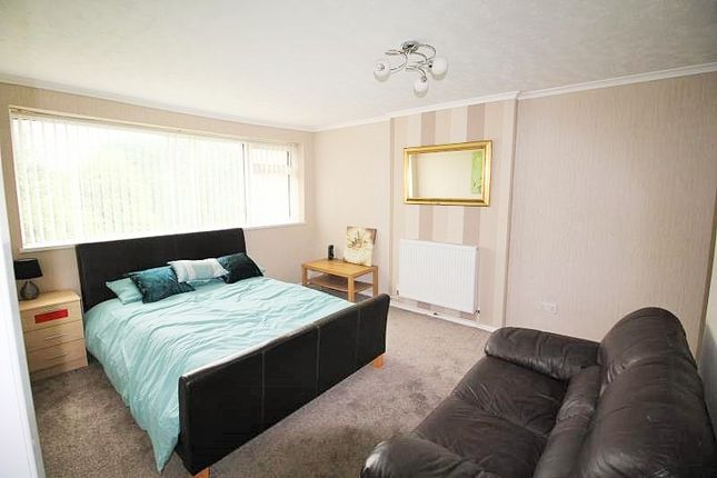Thumbnail Maisonette to rent in Bridgeacre Gardens, Walsgrave, Coventry