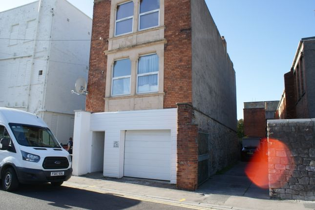 Thumbnail Room to rent in North Street, Weston Super Mare