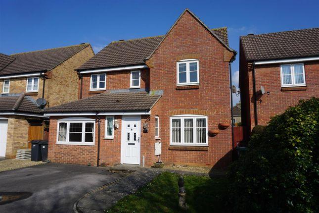 Thumbnail Detached house for sale in Lonsdale Gardens, Melksham