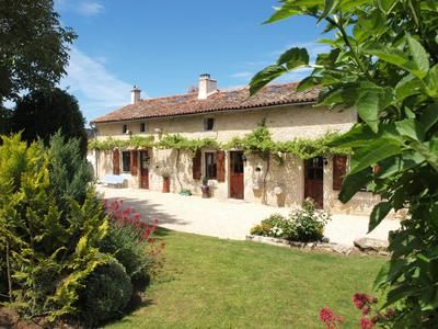 4 bed property for sale in Blanzay, Vienne, France