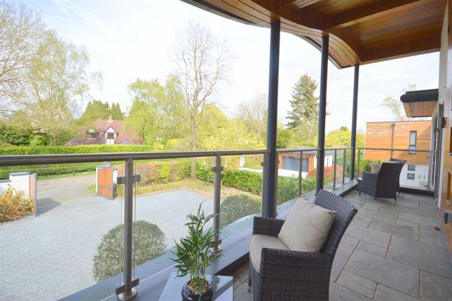 4 bedroom detached house for sale in Sandy Lane, Kingswood, Tadworth