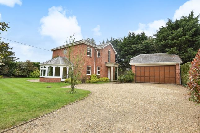 Thumbnail Detached house to rent in Isington Lane, Isington, Alton