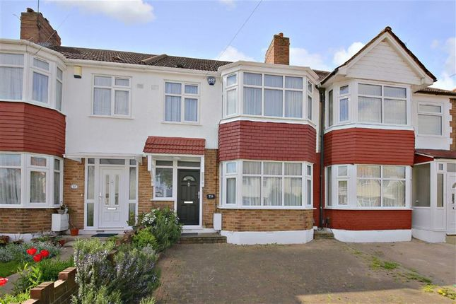 Thumbnail Terraced house for sale in New Park Avenue, Palmers Green, London