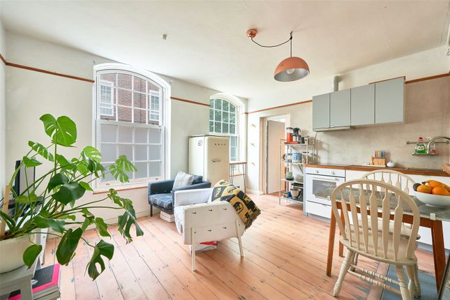 Flat for sale in Bromley High Street, Bromley-By-Bow, London