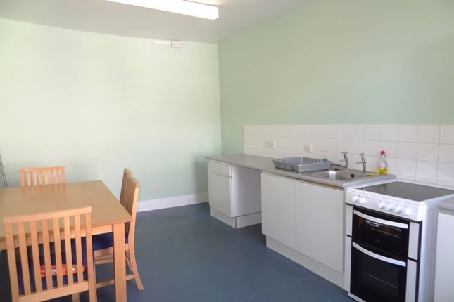 Thumbnail Flat to rent in Park Avenue, Barnoldswick
