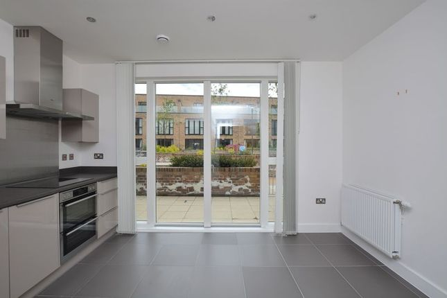 Thumbnail Terraced house to rent in Whiston Road, Haggerston
