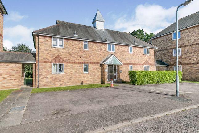 Thumbnail Flat for sale in Bignell Croft, Highwoods, Colchester
