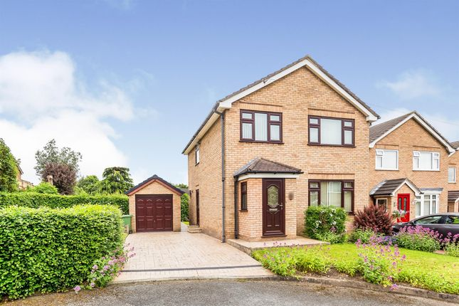 Thumbnail Detached house for sale in Wroxham Close, Helsby, Frodsham