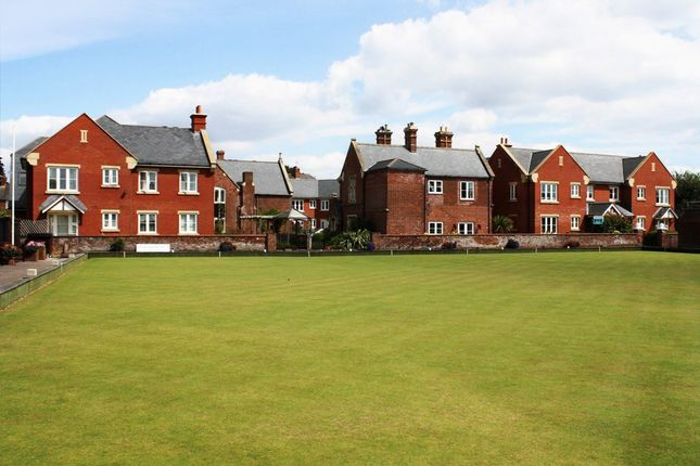 Thumbnail Flat for sale in Parkfield Road, Topsham, Exeter