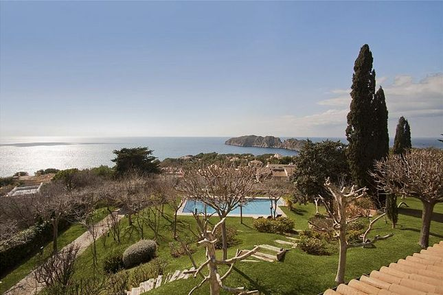Thumbnail Villa for sale in Villa With Sea Views, Nova Santa Ponsa, Mallorca, Balearic Islands, Spain