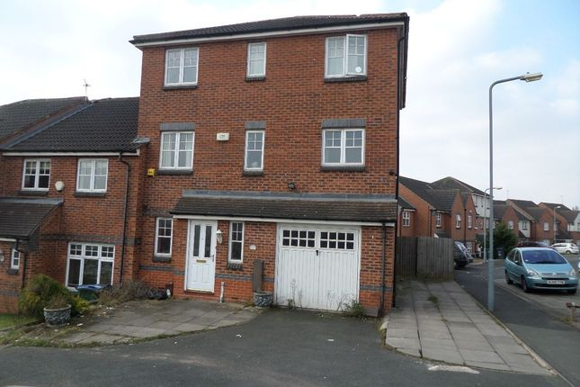 Thumbnail Town house for sale in Gibson Drive, Smethwick