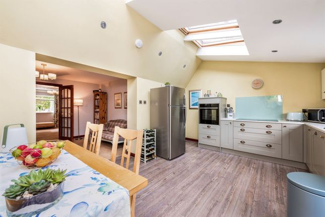 Thumbnail Town house for sale in Newhouse, Stirling