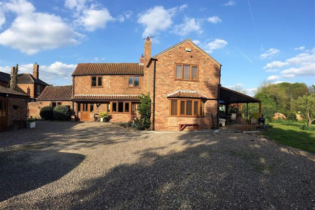 Thumbnail Detached house for sale in The Coach House, Market Place, Tattershall, Lincoln