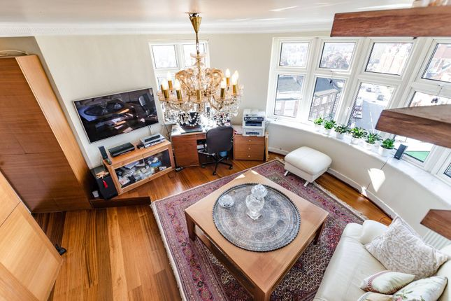 Thumbnail Flat for sale in Finchley Road, West Hampstead