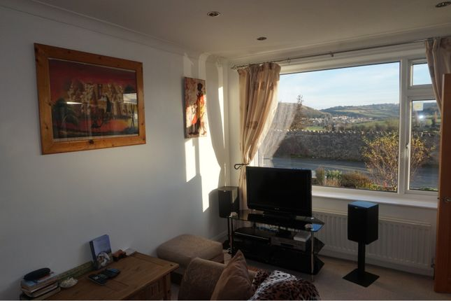 Family Room of Llanrhos Road, Llandudno LL30