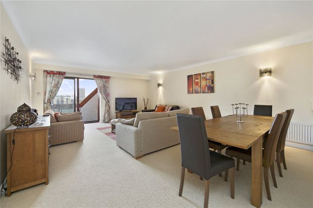 2 bed flat for sale in Watermans Quay, William Morris Way, Fulham, London