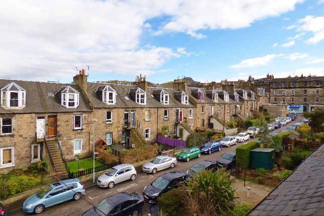 Thumbnail Flat to rent in Carlyle Place, Abbeyhill, Edinburgh