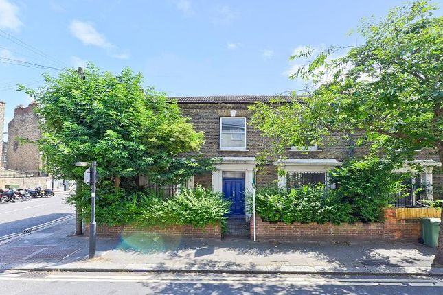 Thumbnail End terrace house to rent in Flaxman Road, London