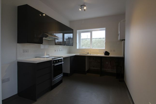 Thumbnail Flat to rent in Fore Street, Edmonton