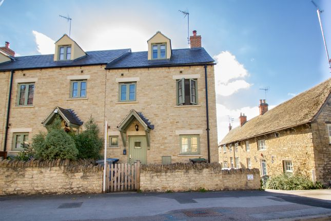 Thumbnail End terrace house to rent in Newland, Witney