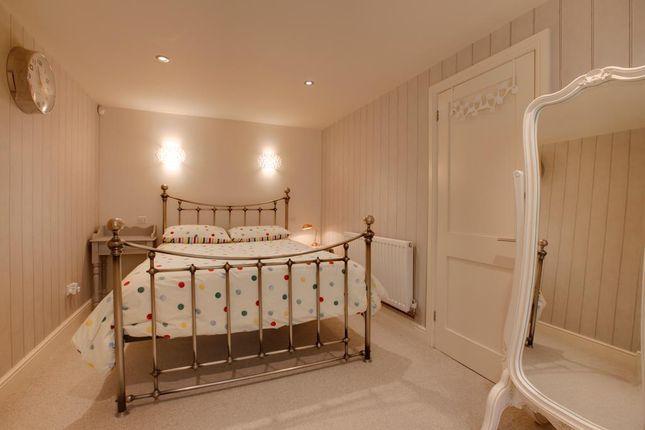 Master Bedroom of Monyash Road, Bakewell DE45