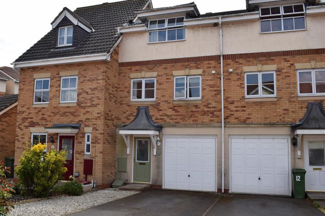 Thumbnail Terraced house to rent in Kingfisher Close, Scawby Brook, Brigg