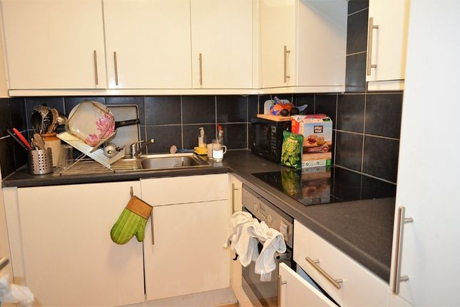 3 bed barn conversion to rent in Criterion Mews, Archway, London