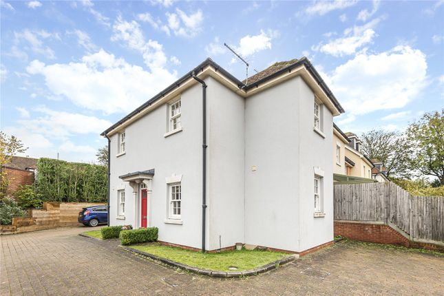 Thumbnail Flat to rent in Burgage Mews, Alresford, Hampshire