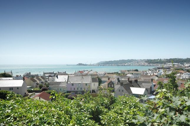 Thumbnail Semi-detached house for sale in Rue Des Pointues Rocques, St. Sampson, Guernsey