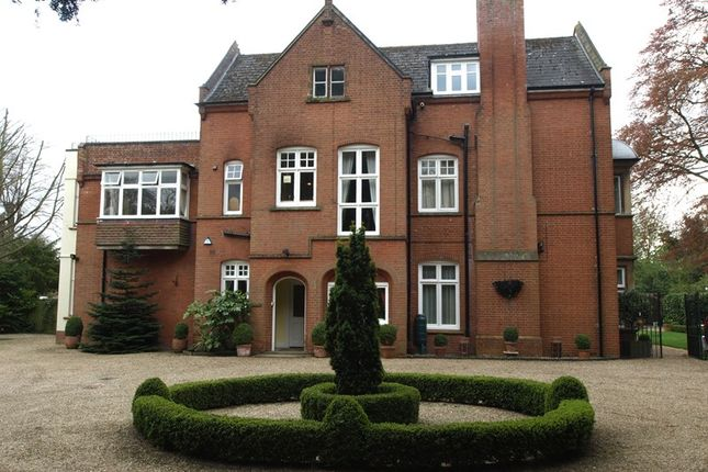 Thumbnail Flat to rent in Newmarket Road, Norwich