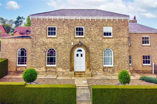 Thumbnail Detached house for sale in Main Road, Sproatley, Hull