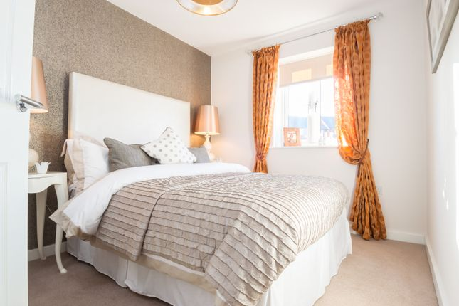 Thumbnail Semi-detached house for sale in John Campbell Close, Off Brockhall Road, Flore