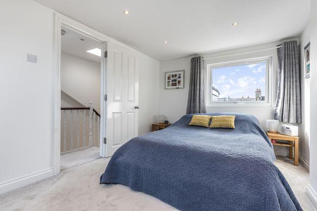 Bedroom of Holdenby Road, London SE4