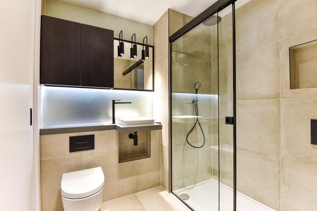 Bathroom of Keybridge Lofts, South Lambeth Road SW8