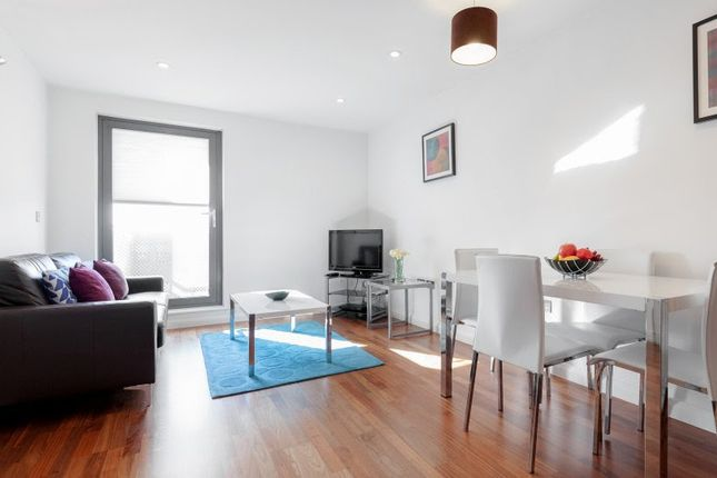 Thumbnail Flat to rent in Stanley Rd, Wimbledon